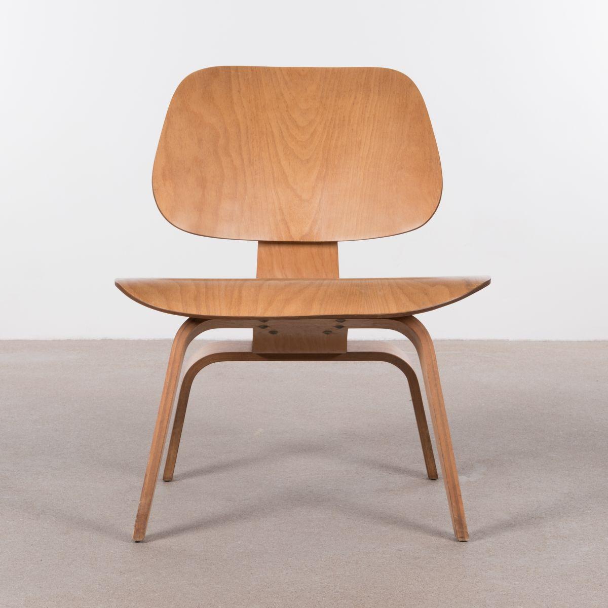 amerikanischer lcw ahorn stuhl von charles ray eames f r herman miller 1950er bei pamono kaufen. Black Bedroom Furniture Sets. Home Design Ideas