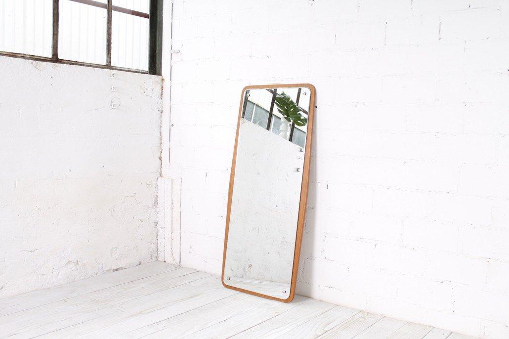 schwedischer spiegel mit teak furniertem rahmen 1960er. Black Bedroom Furniture Sets. Home Design Ideas