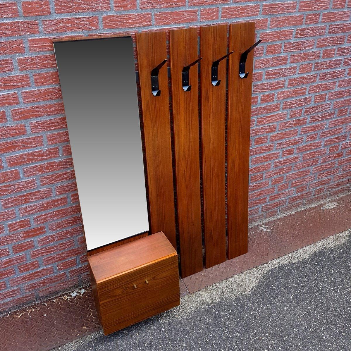 info wardrobe coat sku rack products mounted shop wall with a loft shelf