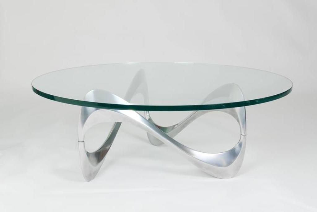 aluminium glas couchtisch mit geschwungenem gestell von knut hesterberg f r ronald schmitt. Black Bedroom Furniture Sets. Home Design Ideas