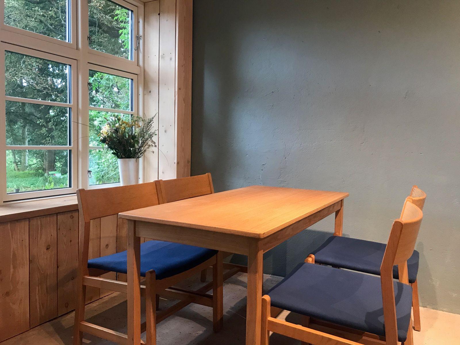d nischer vintage teak esstisch mit vier st hlen von b rge mogensen f r fredericia bei pamono kaufen. Black Bedroom Furniture Sets. Home Design Ideas