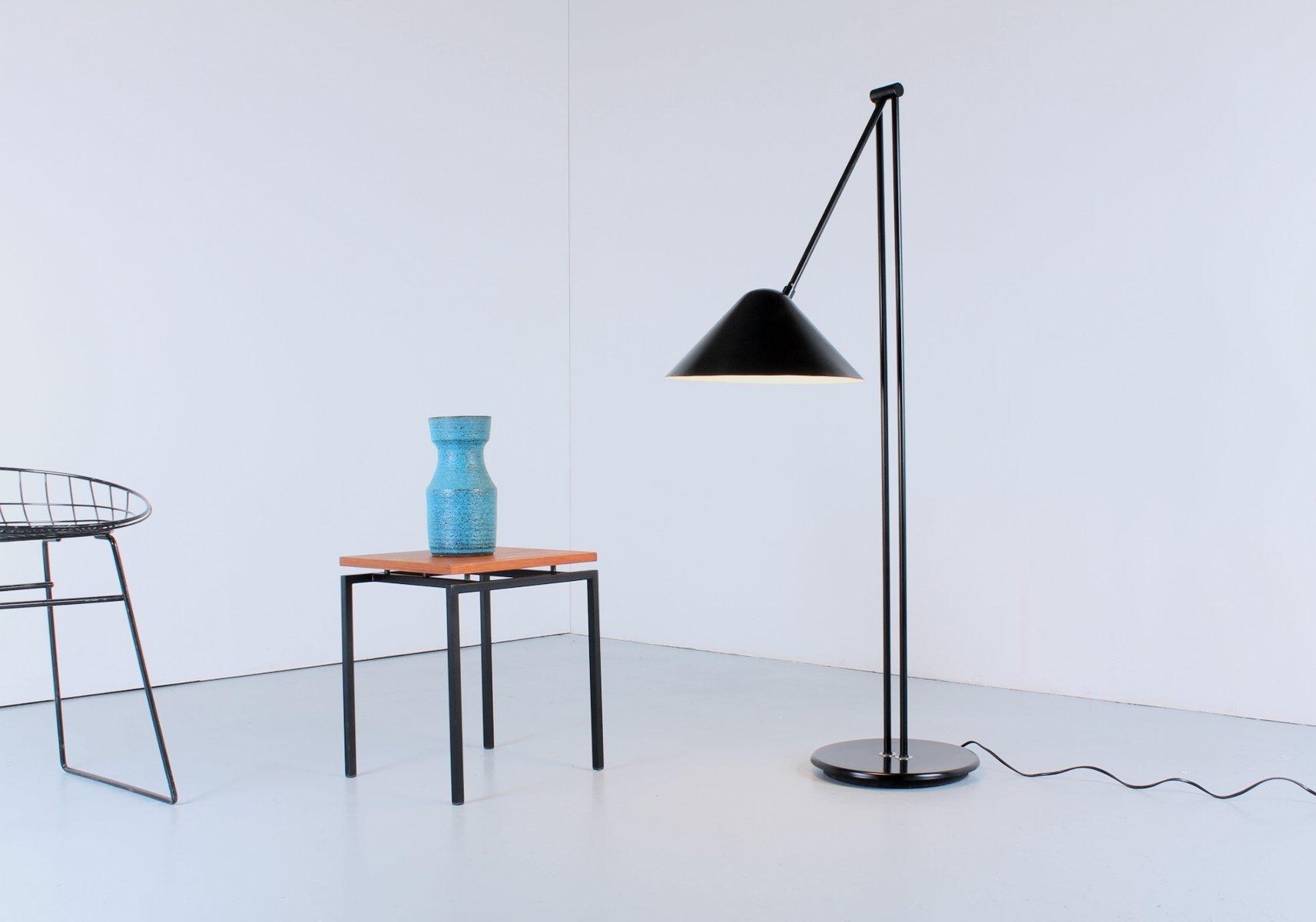Moderne verstellbare niederl ndische vintage stehlampe aus for Modernes sideboard aus metall