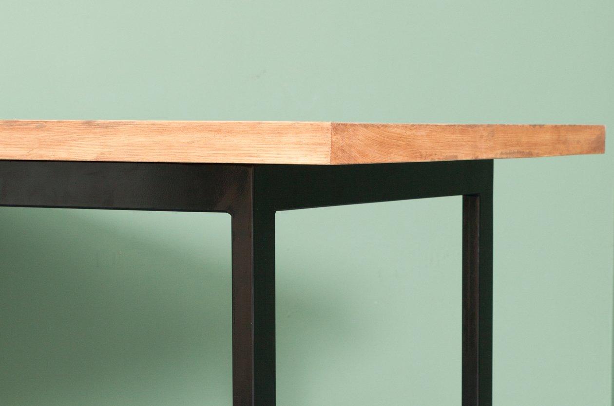 onderbanken tisch aus recyceltem bauholz stahl von. Black Bedroom Furniture Sets. Home Design Ideas