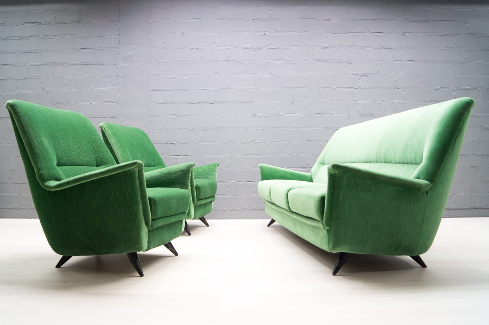Italian Living Room Set in Apple Green, 1950s for sale at Pamono