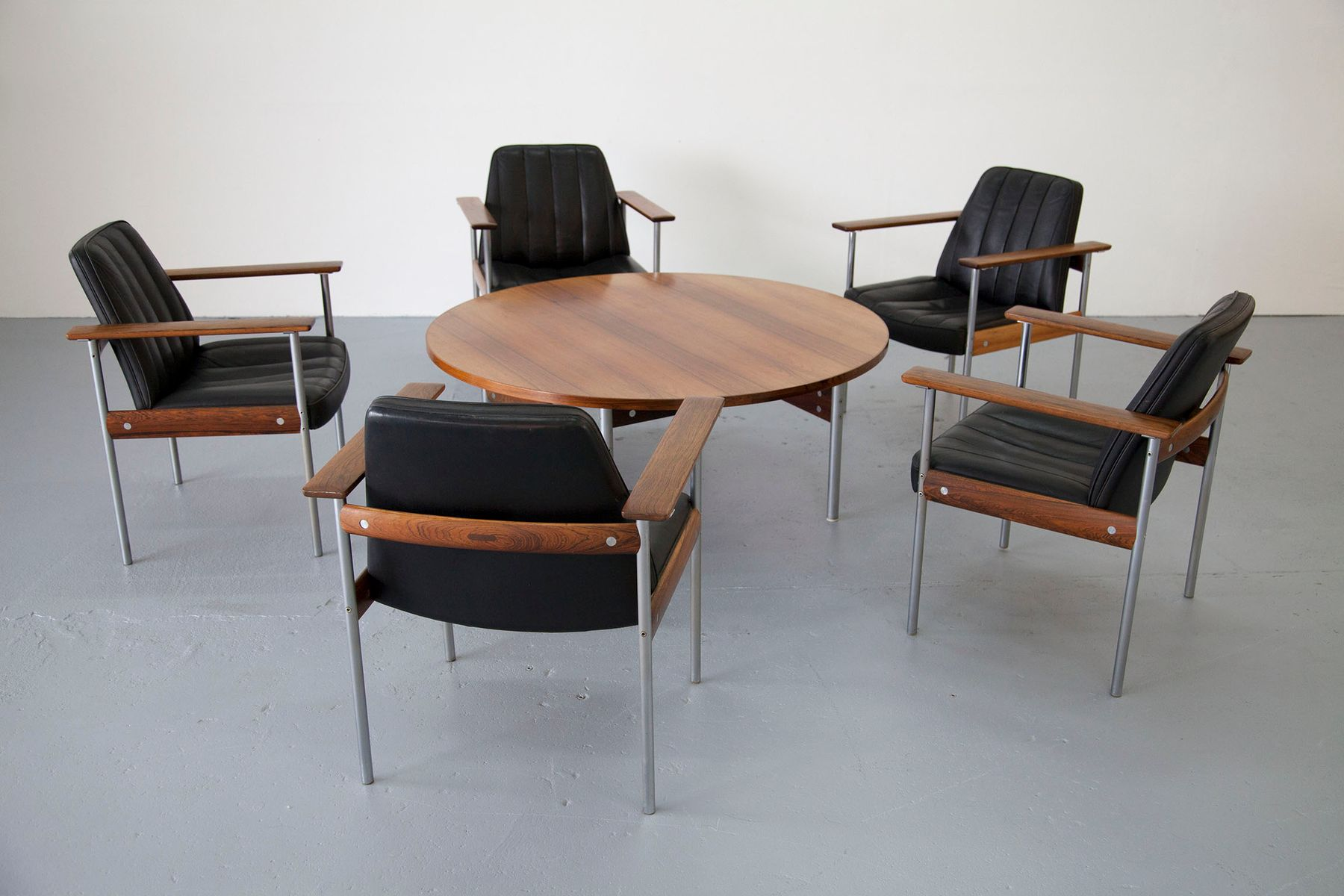 Vintage Lounge Set With Five Chairs Coffee Table By Sven Ivar Dysthe For Dokka