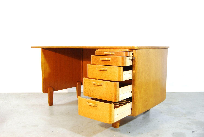 skandinavischer vintage schreibtisch stuhl von tvidaberg 1950er bei pamono kaufen. Black Bedroom Furniture Sets. Home Design Ideas