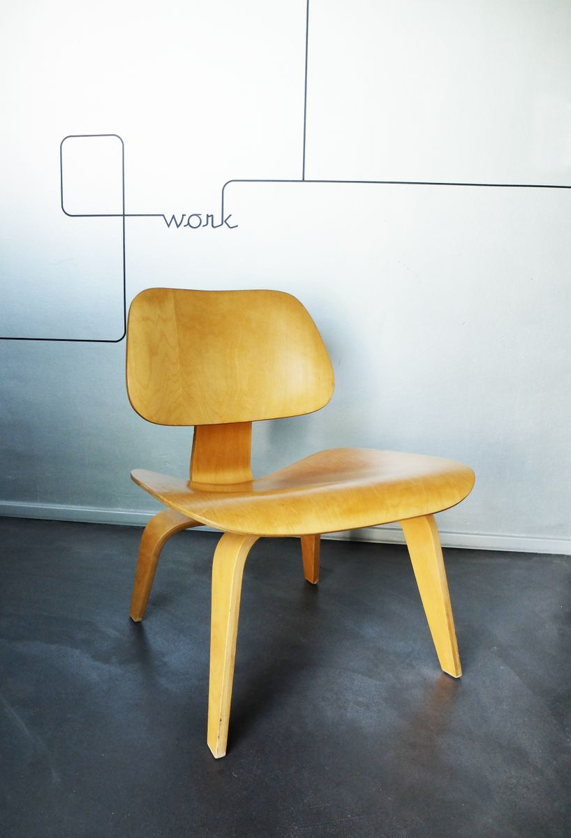 LCW Lounge Chair by Charles Ray Eames for Herman Miller 1950s for