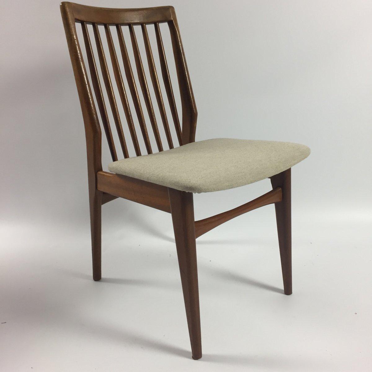 niederl ndische walnuss esszimmerst hle 1960er 4er set bei pamono kaufen. Black Bedroom Furniture Sets. Home Design Ideas