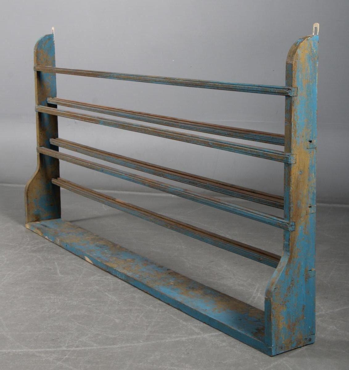 schwedisches tellerregal 1880er bei pamono kaufen. Black Bedroom Furniture Sets. Home Design Ideas