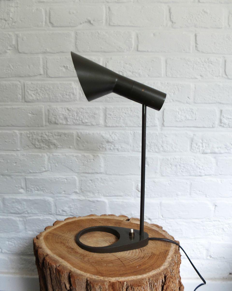 Lampada da tavolo aj vintage di arne jacobsen per louis - Lampada da tavolo vintage ...