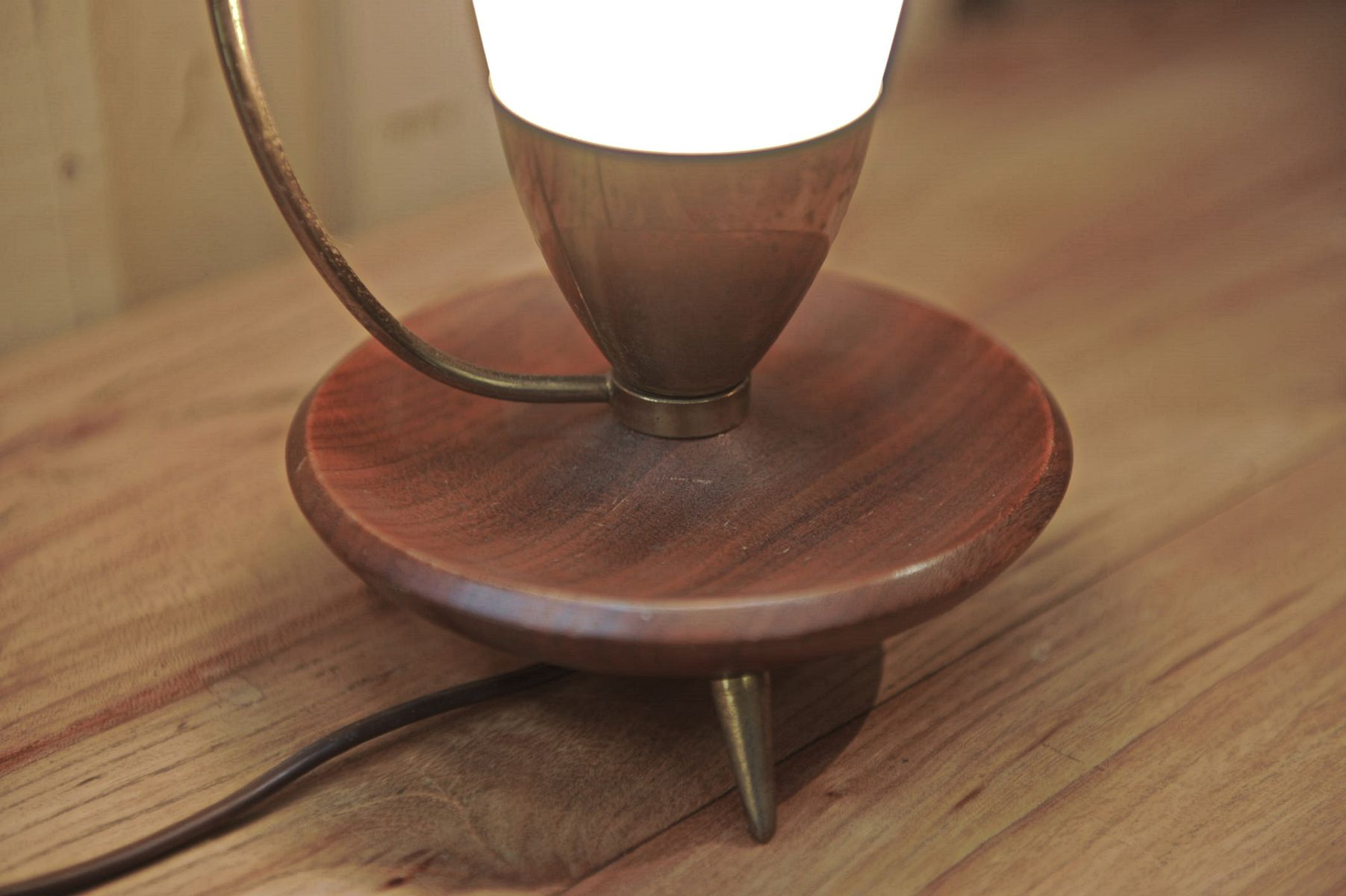 skandinavische tischlampe aus teak glas 1960er bei. Black Bedroom Furniture Sets. Home Design Ideas