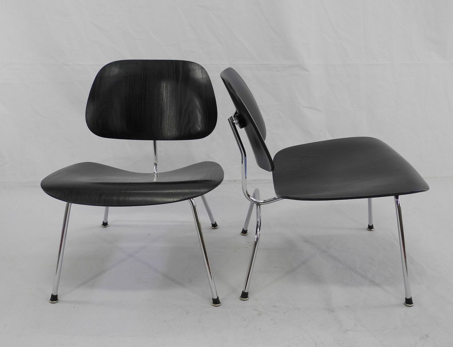 lcm chairs by charles ray eames for herman miller set of 2 bei pamono kaufen. Black Bedroom Furniture Sets. Home Design Ideas