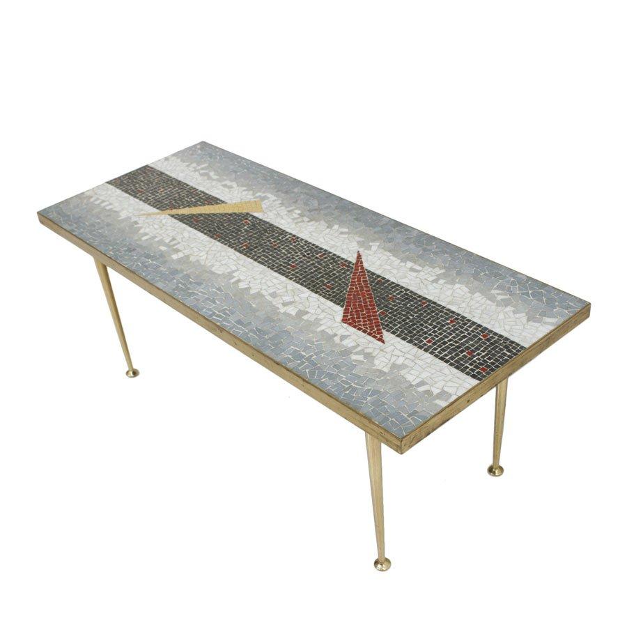 center tisch mit tesselierter platte 1950er bei pamono kaufen. Black Bedroom Furniture Sets. Home Design Ideas