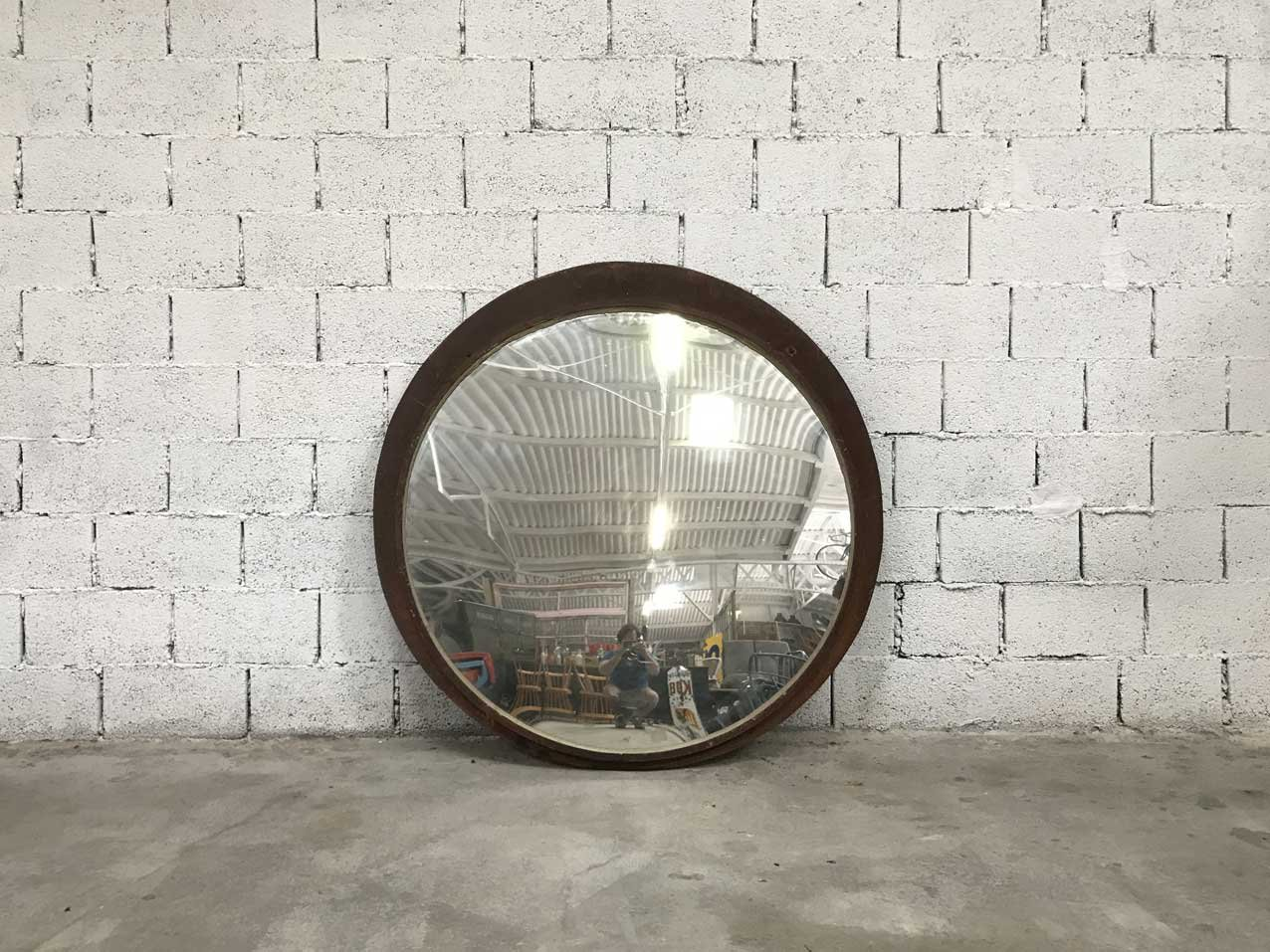 gro er vintage konvex spiegel bei pamono kaufen. Black Bedroom Furniture Sets. Home Design Ideas
