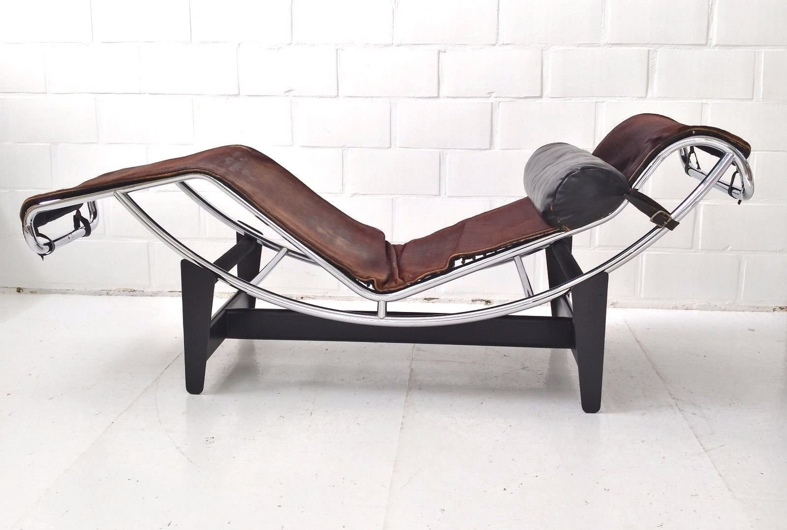 classic modern lounge yadeagroup black com leather le dhgate chair corbusier reproduction product from chaise