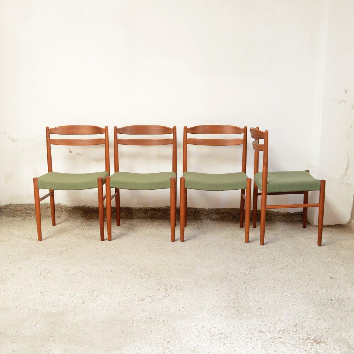 Skandinavische Stühle Klassiker : skandinavische mid century teak st hle 4er set bei pamono ~ Michelbontemps.com Haus und Dekorationen