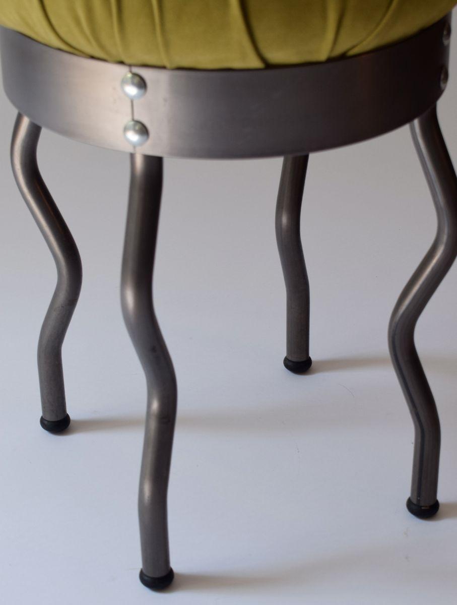 kleiner metall kleiner runder garten tisch aus antik metall pelage with kleiner metall awesome. Black Bedroom Furniture Sets. Home Design Ideas