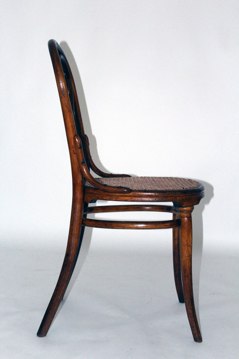 Antiker nr 4 caf daum stuhl von michael thonet f r for Stuhl design thonet