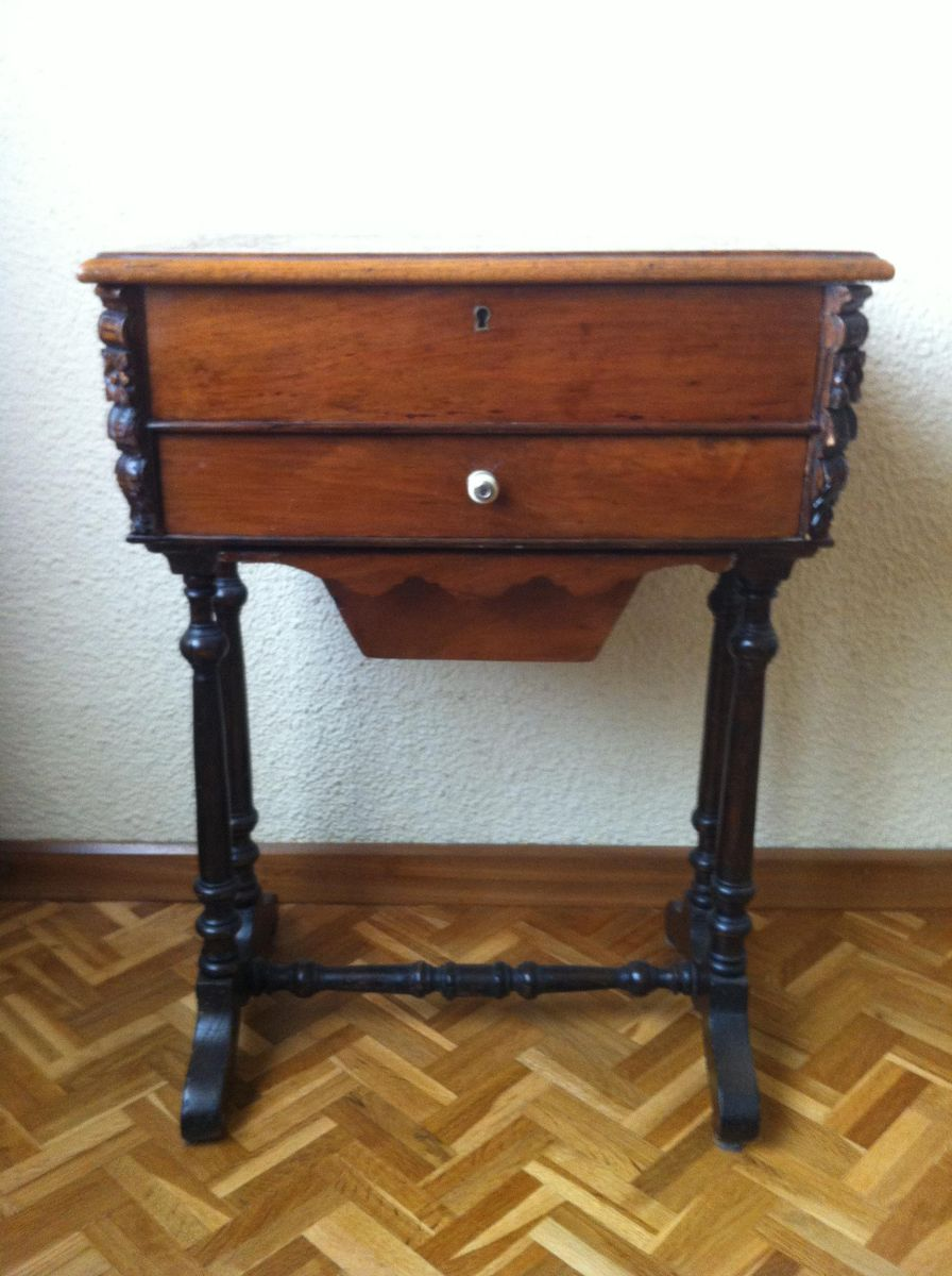 Antique English Sewing Table 1790s For Sale At Pamono