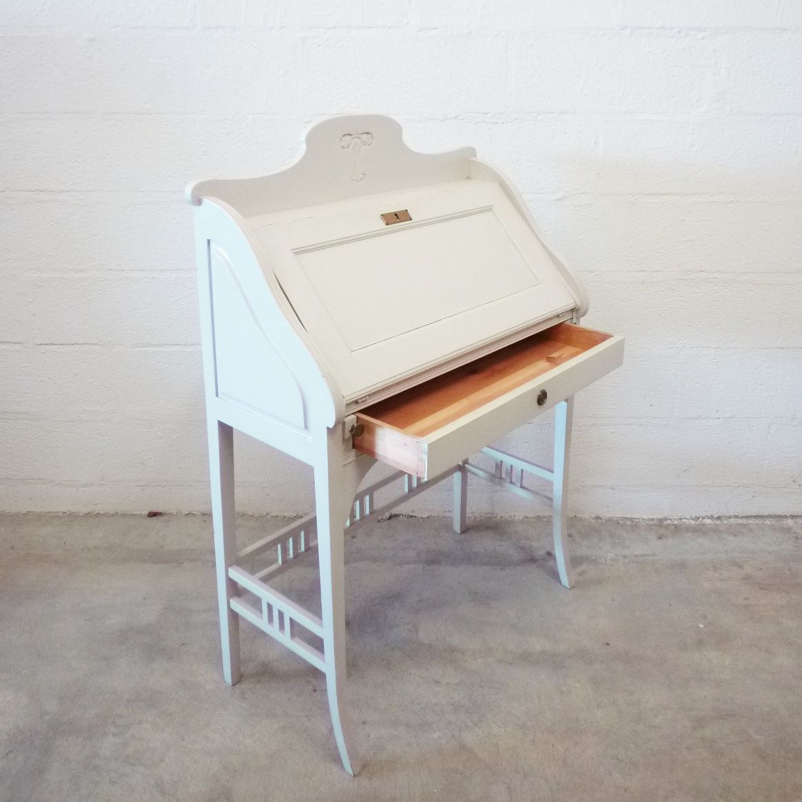 vintage wooden secretaire for sale at pamono. Black Bedroom Furniture Sets. Home Design Ideas