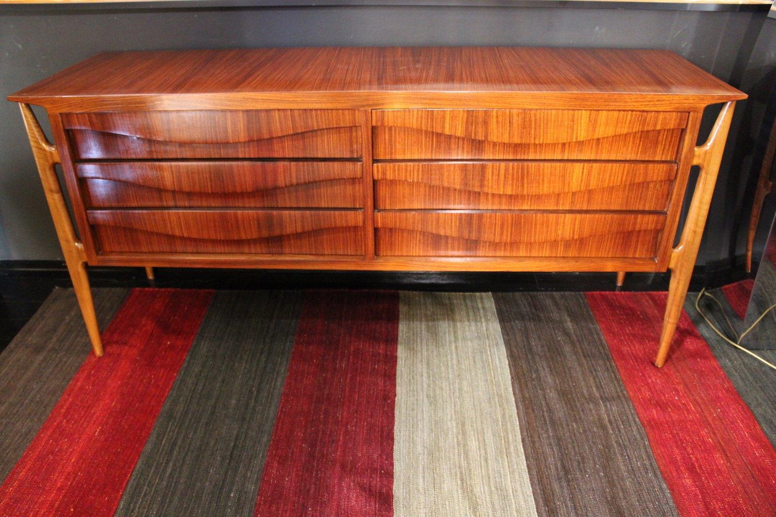 Cassettiera in palissandro e legno di ciliegio, anni \'60 in vendita ...