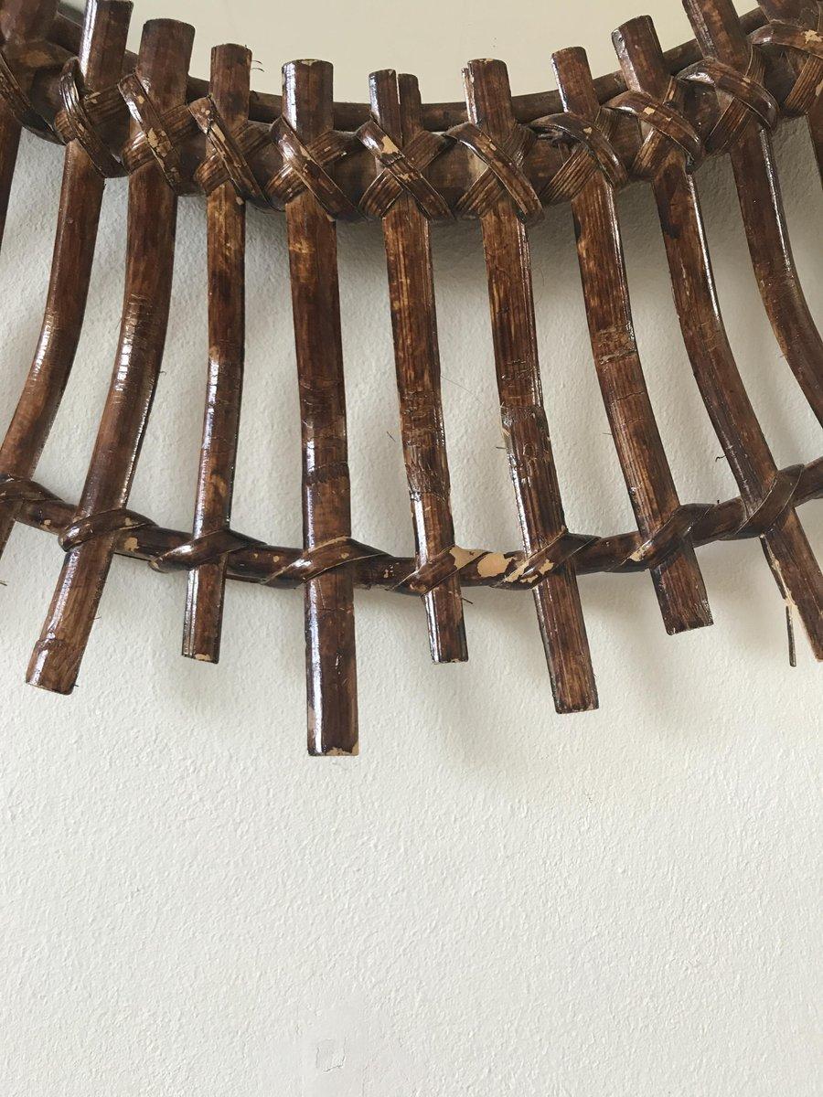 Specchio ovale mid century moderno a forma di sole in - Specchio ovale vintage ...