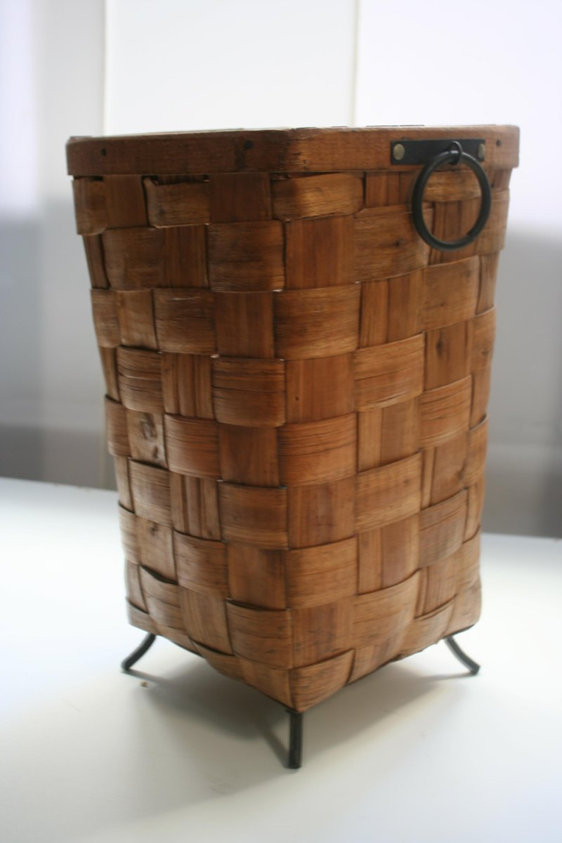 geflochtener holz papierkorb oder zeitungsst nder 1950er bei pamono kaufen. Black Bedroom Furniture Sets. Home Design Ideas