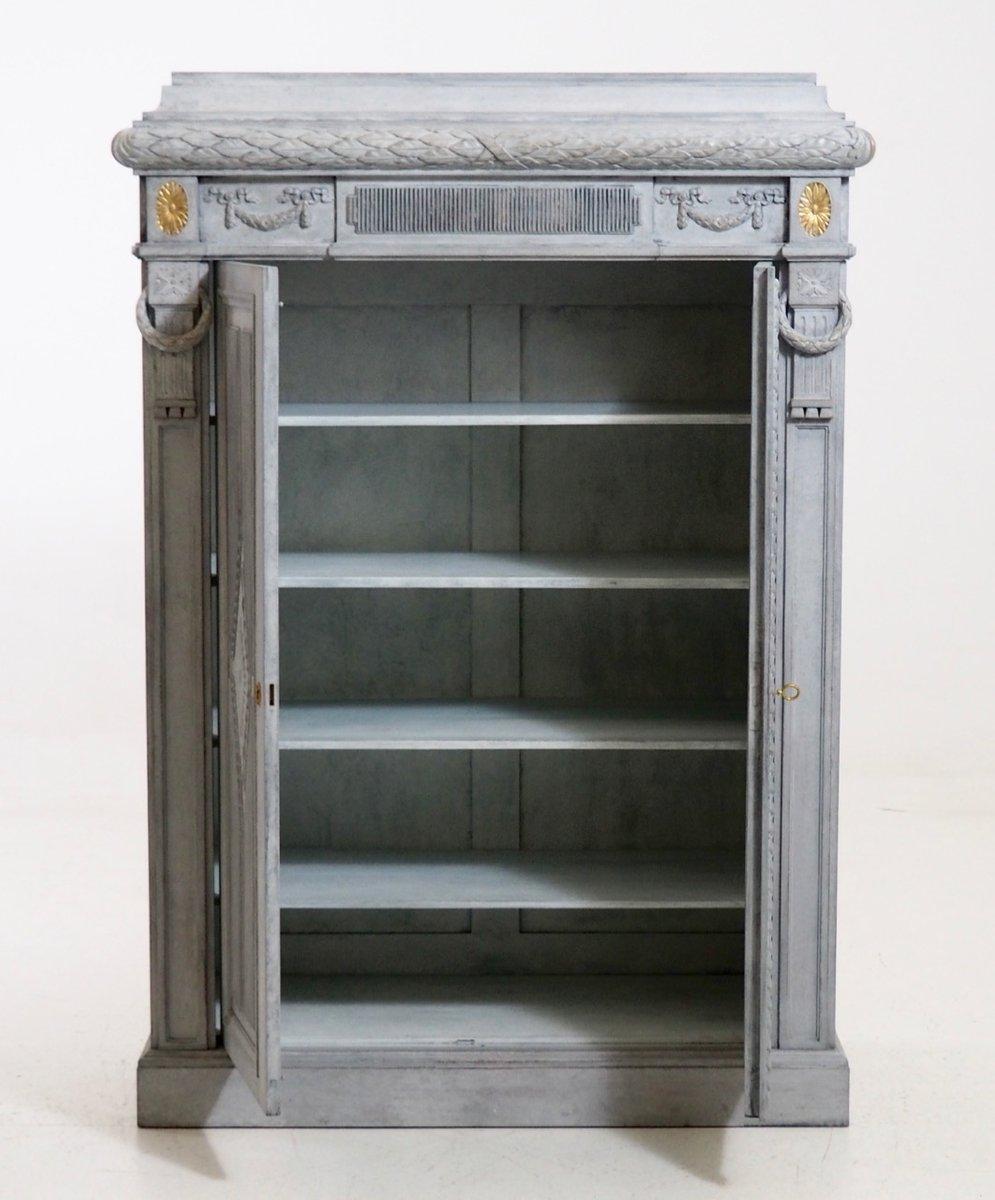geschnitzter schrank mit zwei t ren 1910er bei pamono kaufen. Black Bedroom Furniture Sets. Home Design Ideas