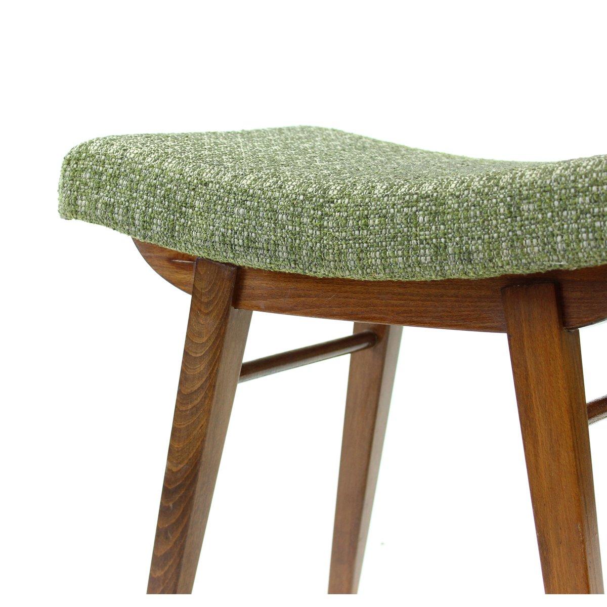 tschechoslowakischer mid century hocker aus dunkler buche 1960er bei pamono kaufen. Black Bedroom Furniture Sets. Home Design Ideas