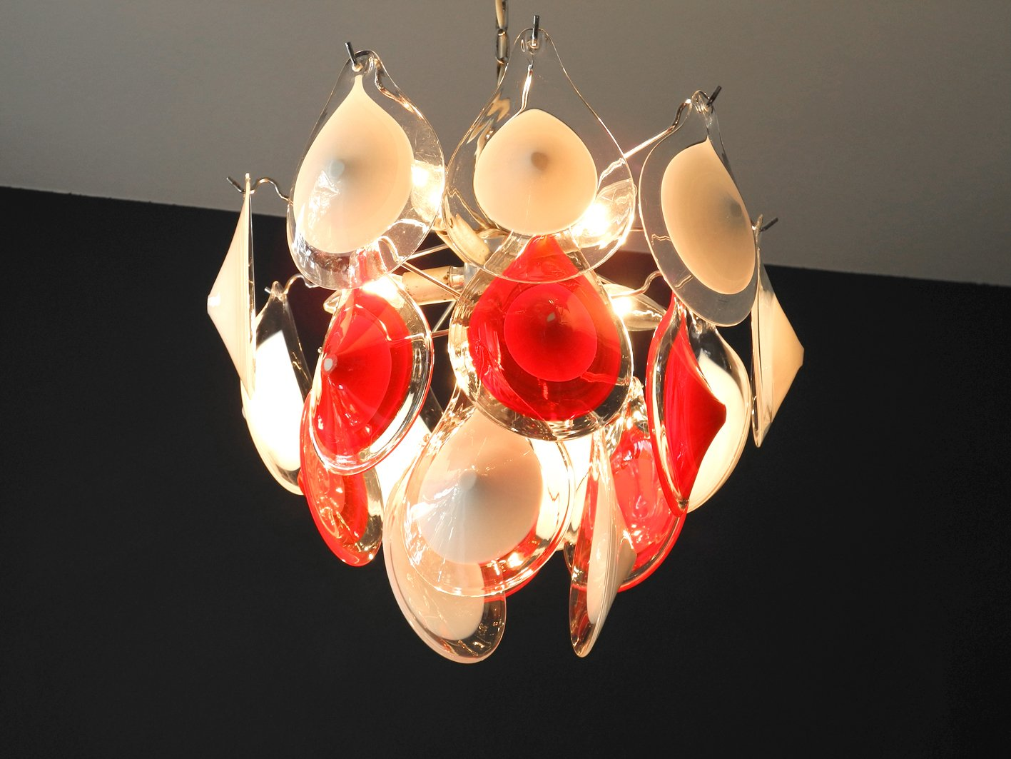 Vintage red and white murano glass chandelier by gino vistosi for a291800 aloadofball Images