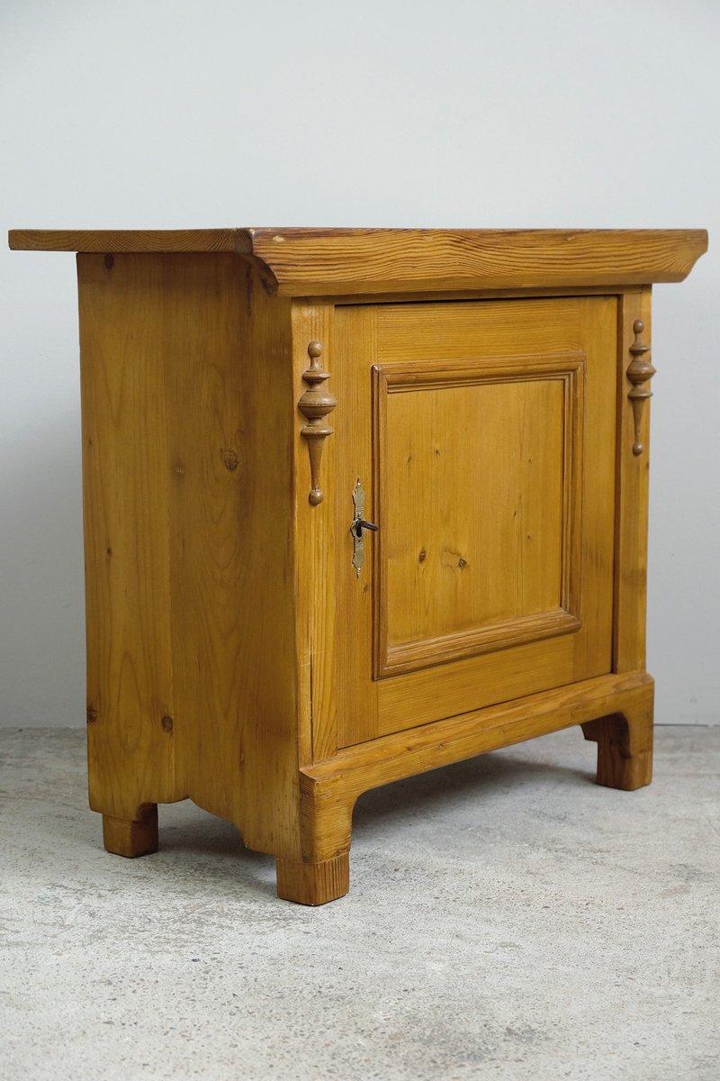 Mobiletto in legno chiaro, fine XIX secolo in vendita su Pamono