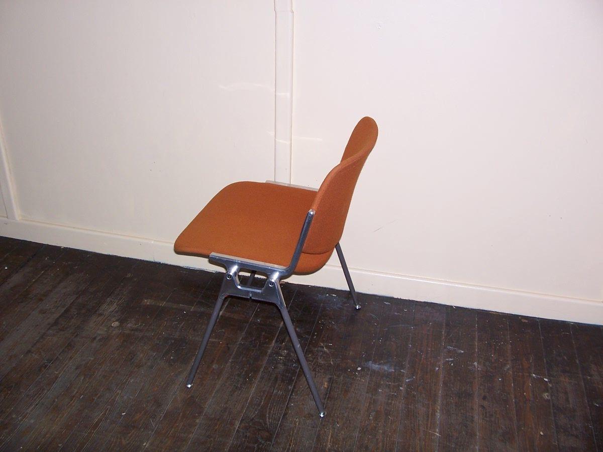 vintage modell dsc stuhl von castelli bei pamono kaufen. Black Bedroom Furniture Sets. Home Design Ideas