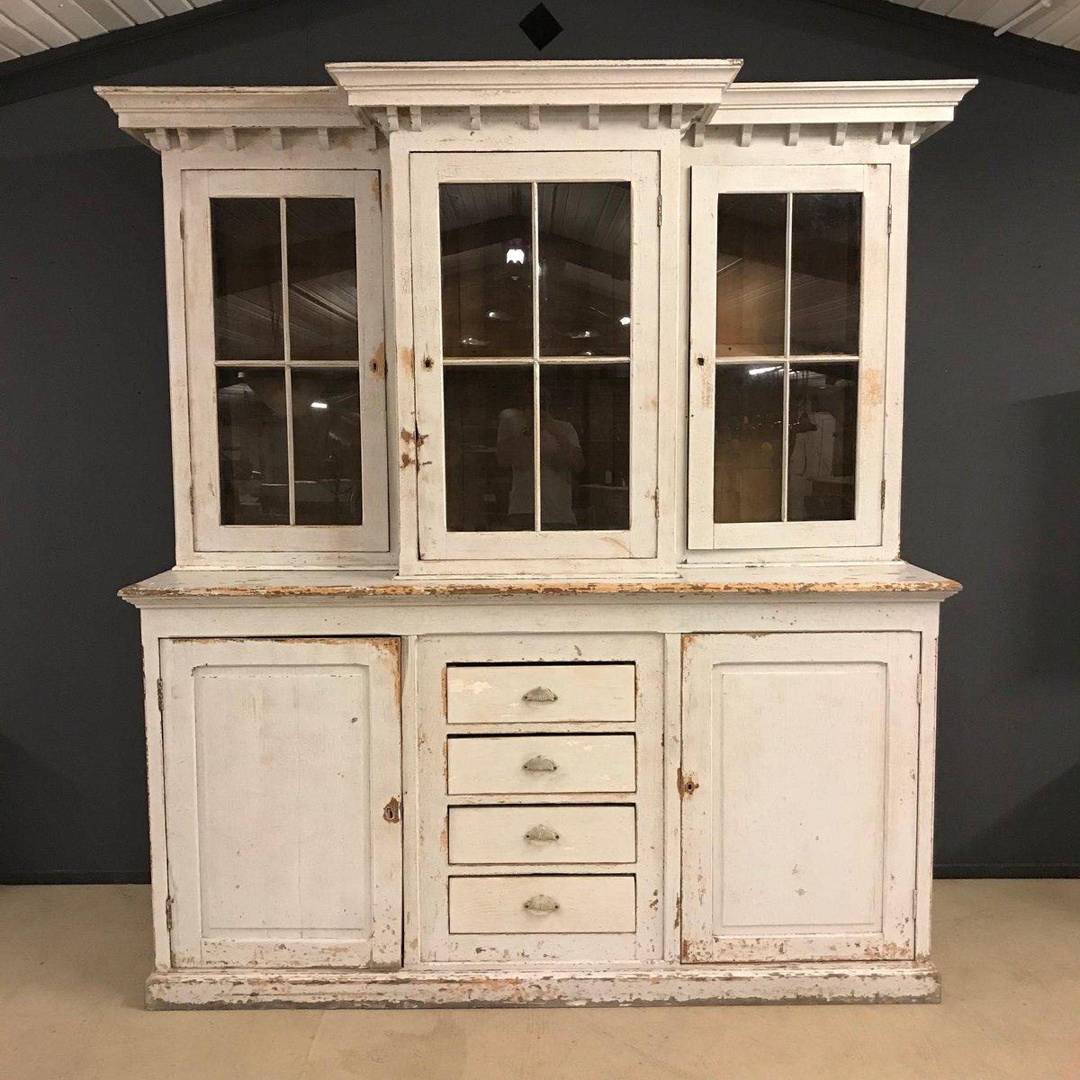 gro er antiker franz sischer schrank aus 19 jhdt bei. Black Bedroom Furniture Sets. Home Design Ideas