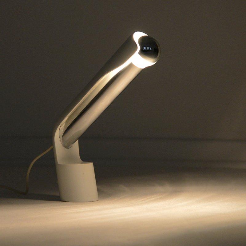 lampe de bureau blanche par richard carruthers pour. Black Bedroom Furniture Sets. Home Design Ideas