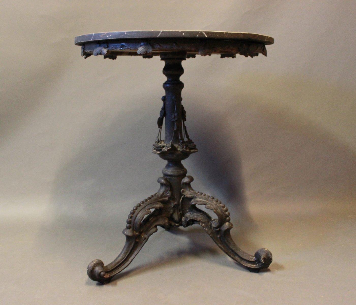Runder beistelltisch mit schwarzer marmorplatte 1880er for Beistelltisch marmorplatte
