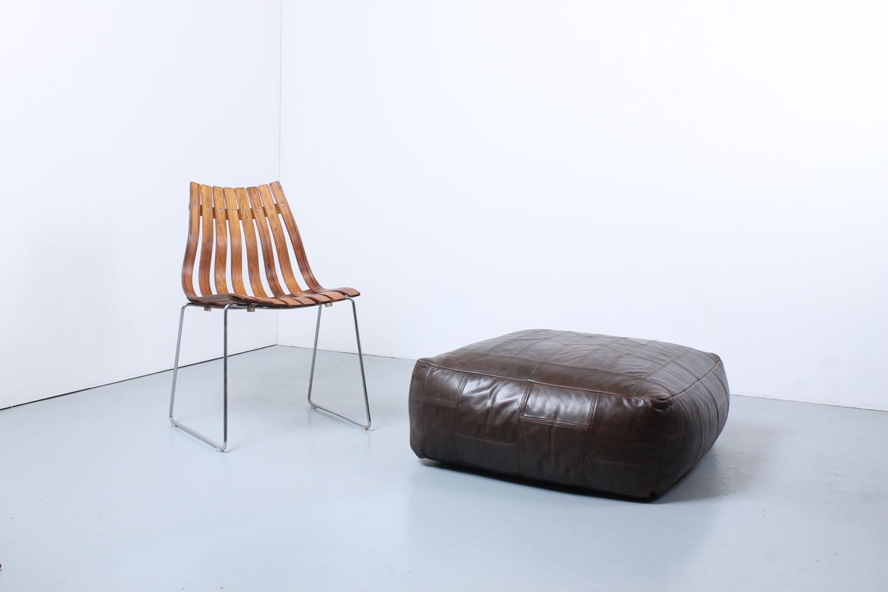 grand pouf ou repose pied vintage en cuir artificiel en vente sur pamono. Black Bedroom Furniture Sets. Home Design Ideas