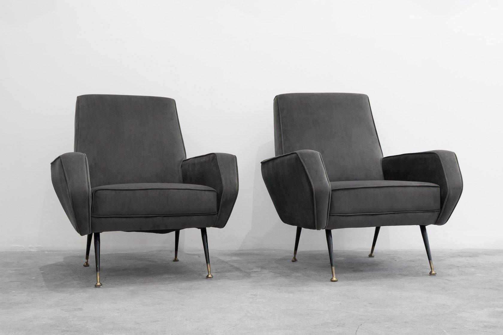 italienische sessel in grauem samt 1960er 2er set bei. Black Bedroom Furniture Sets. Home Design Ideas