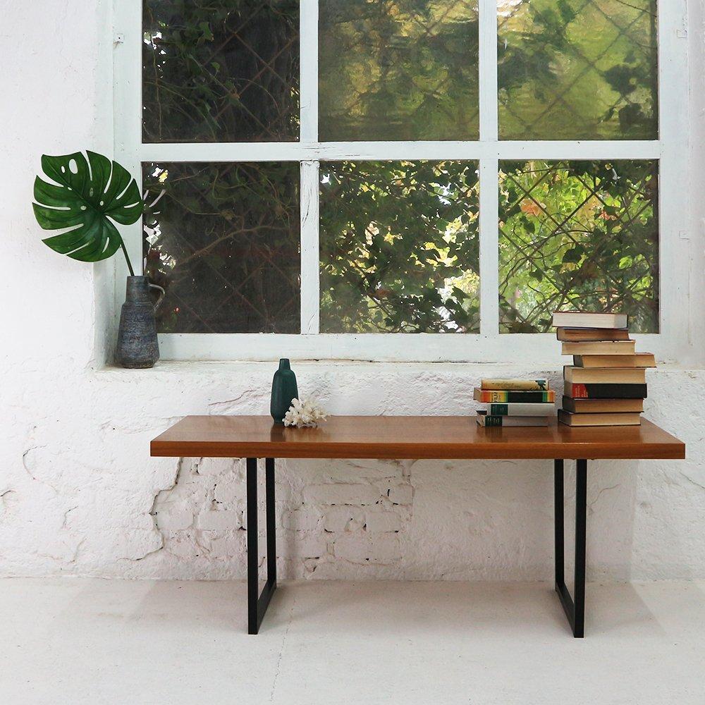 rechteckiger vintage couchtisch aus walnuss furnier. Black Bedroom Furniture Sets. Home Design Ideas