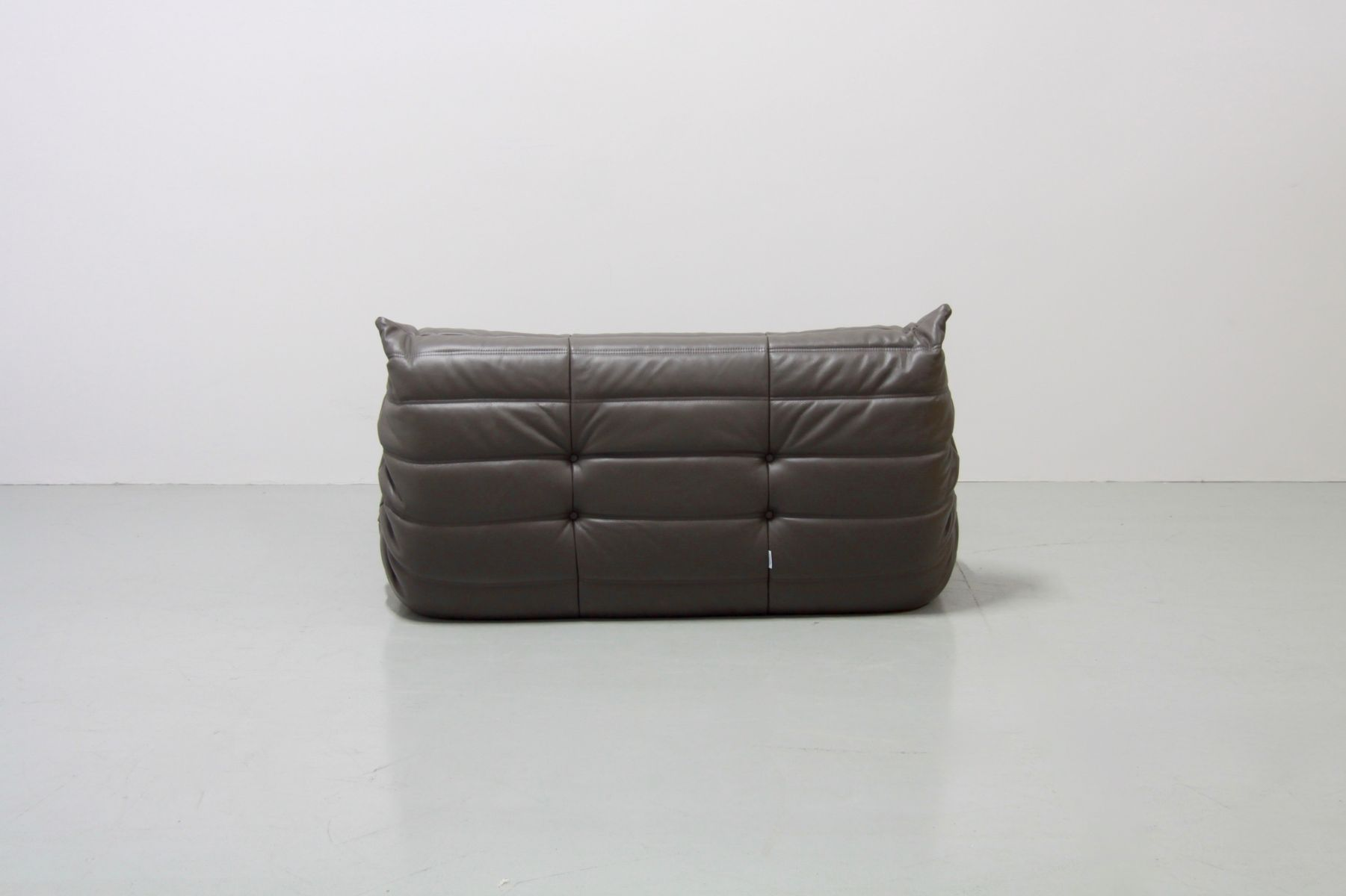 graphite leather togo sofa set by michel ducaroy for ligne