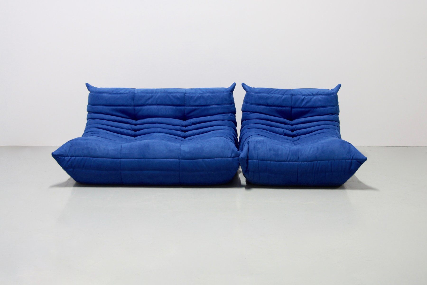 vintage blue microfibre togo sofa set by michel ducaroy for ligne roset 1970s for sale at pamono. Black Bedroom Furniture Sets. Home Design Ideas