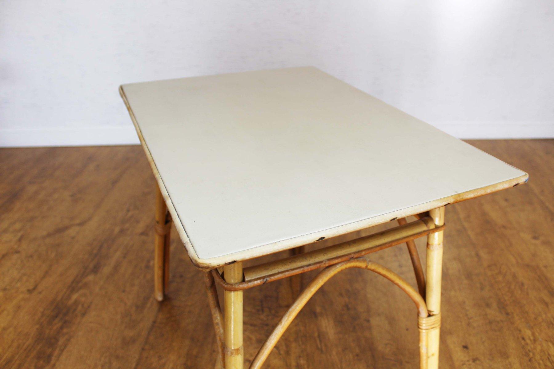 vintage beistelltisch aus rattan bei pamono kaufen. Black Bedroom Furniture Sets. Home Design Ideas