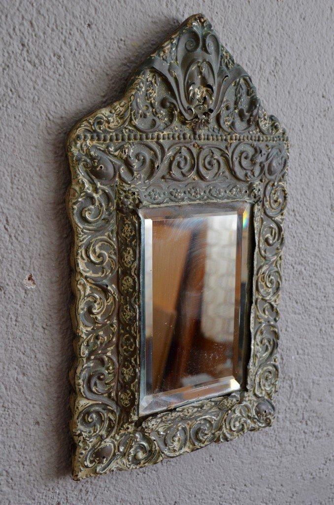 Abgeschr gter antiker spiegel mit messingrahmen bei pamono for Spiegel mit messingrahmen