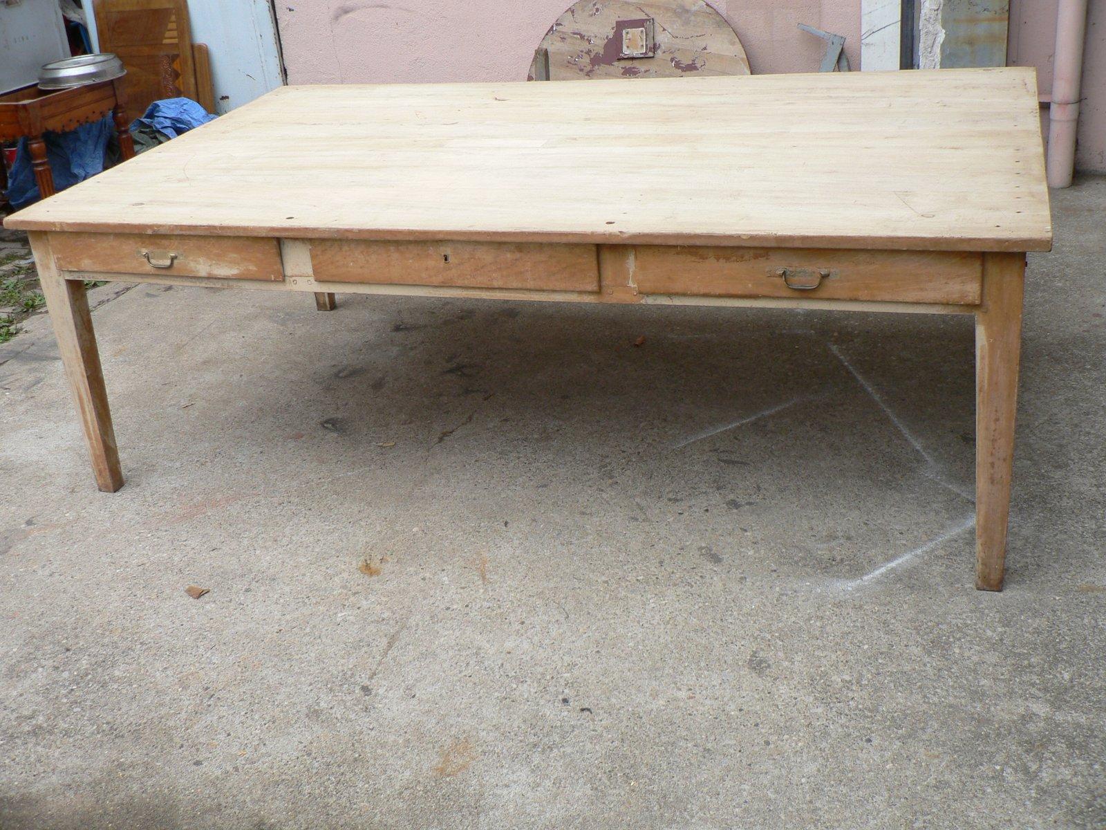 grande table vintage en bois fruitier en vente sur pamono. Black Bedroom Furniture Sets. Home Design Ideas