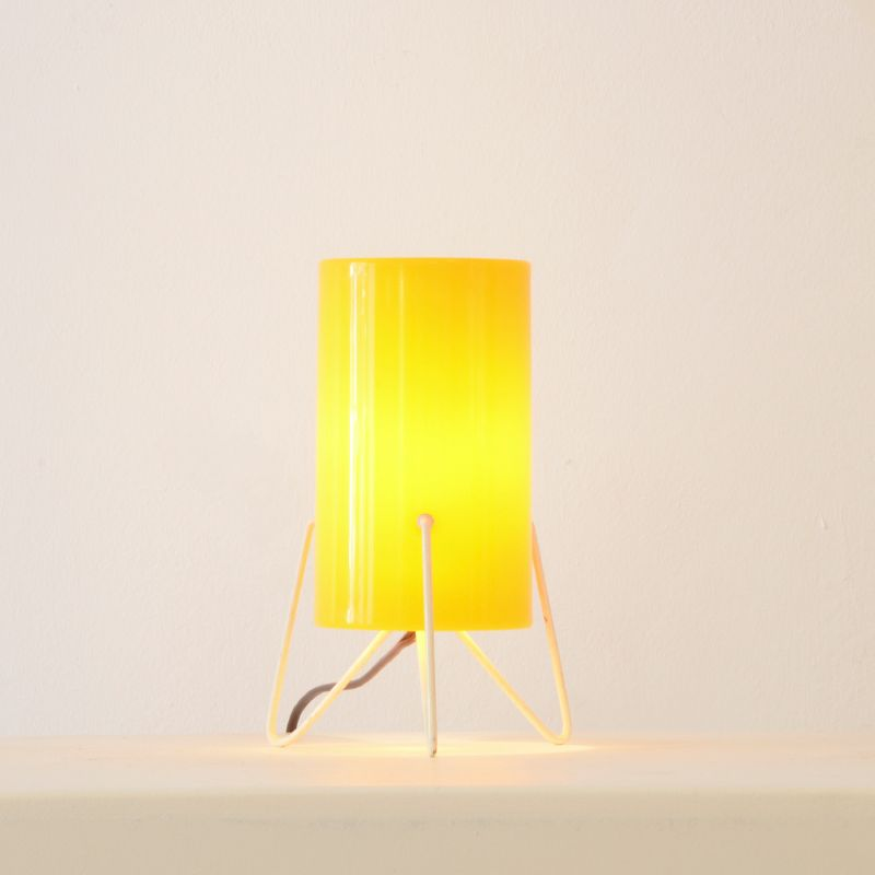 lampe bureau en perspex jaune de stilnovo 1954 en vente sur pamono. Black Bedroom Furniture Sets. Home Design Ideas