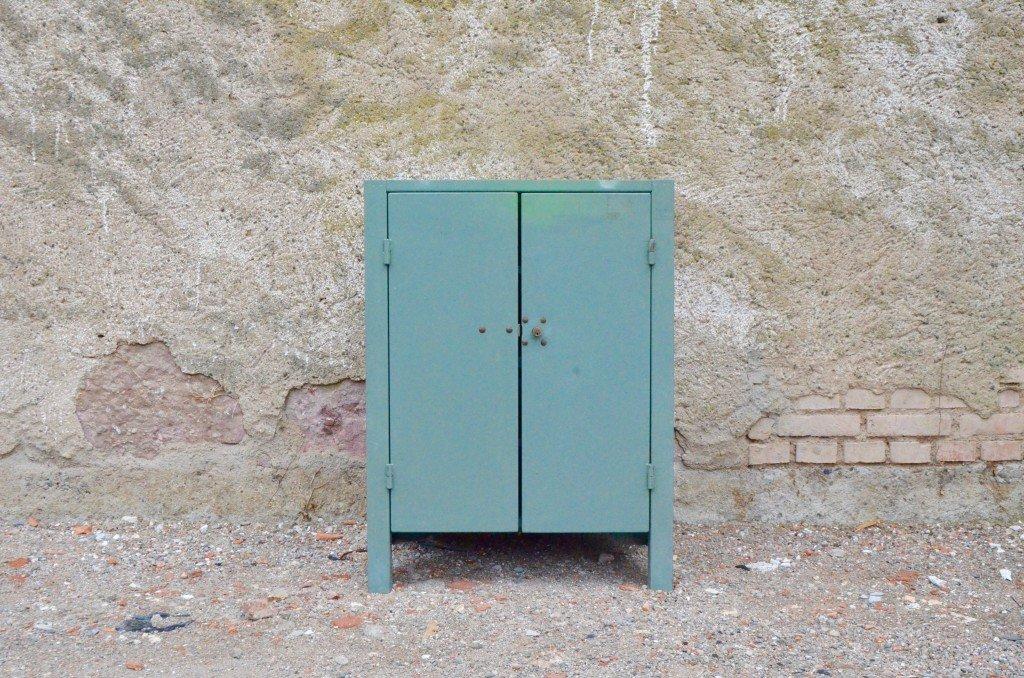 Vintage Industrie Werkstatt Schrank bei Pamono kaufen