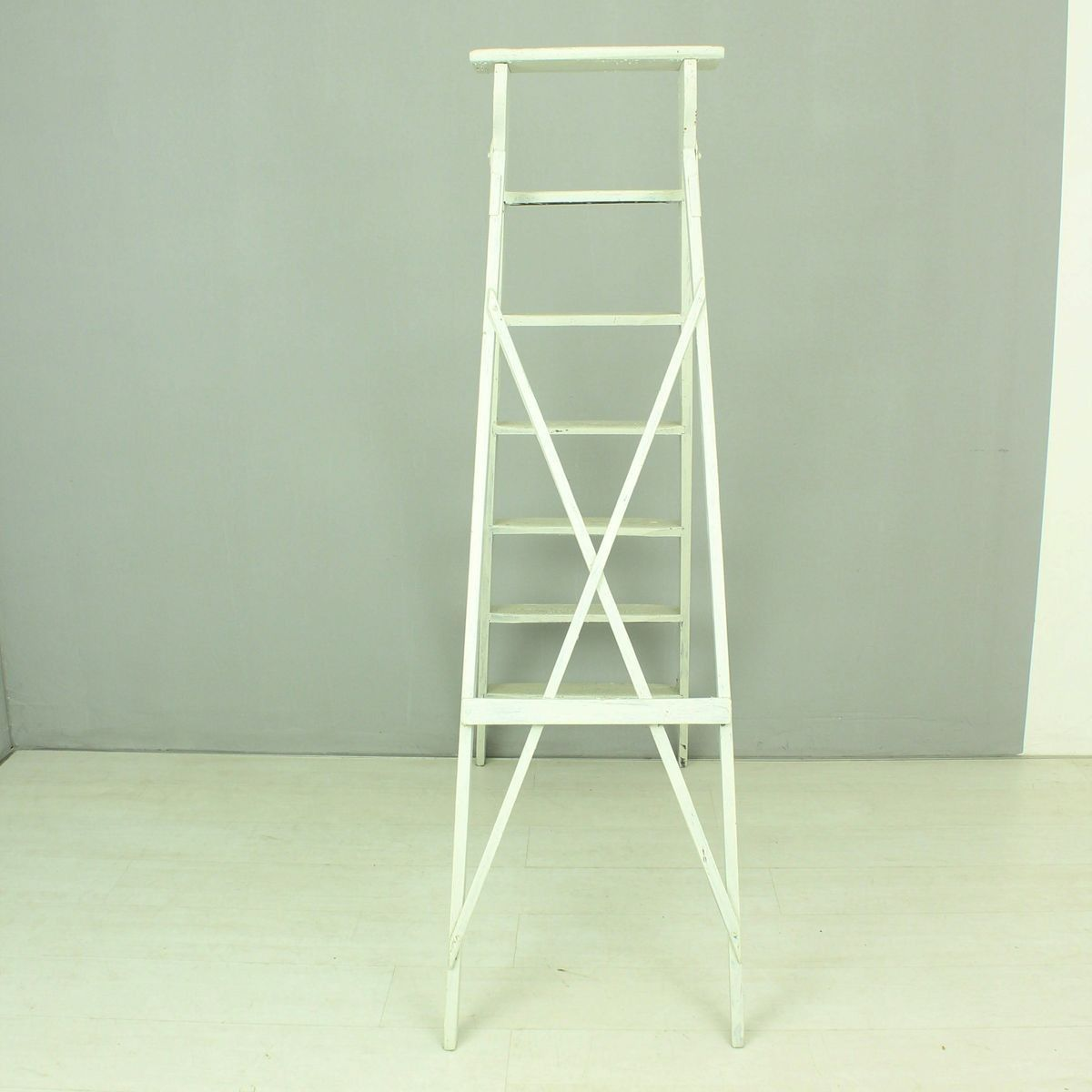 Vintage white folding ladder for sale at pamono for Folding stairs