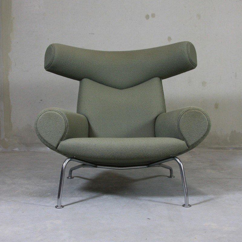 ej 100 ox sessel fu hocker von hans j wegner 1960 bei. Black Bedroom Furniture Sets. Home Design Ideas
