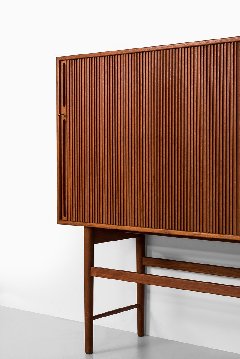 Danish teak sideboard by ib kofod larsen for christensen for Sideboard 2 m lang
