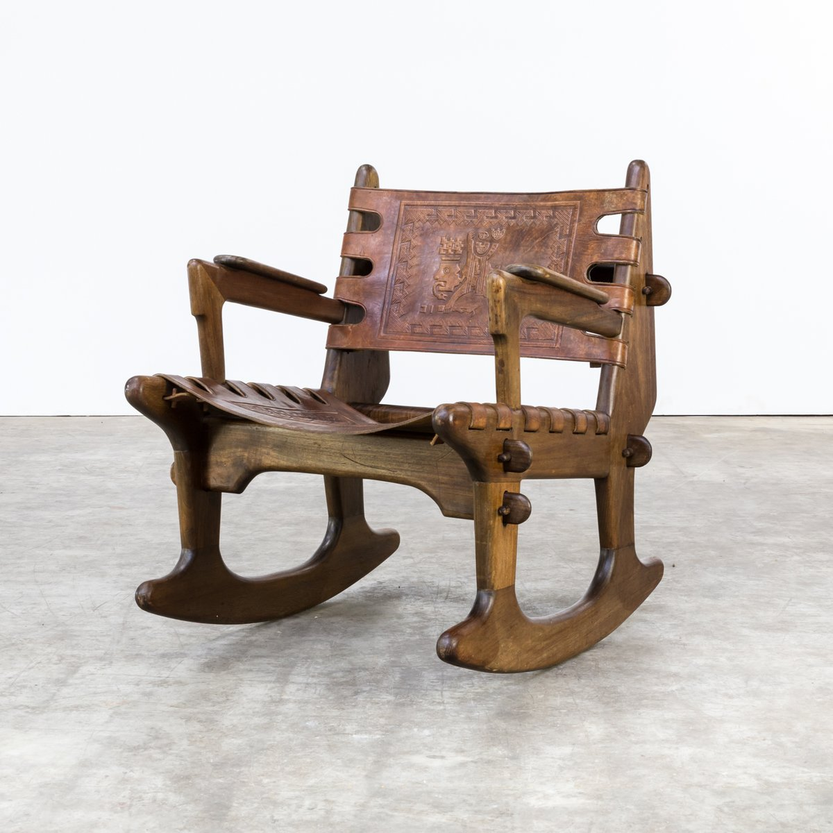 Schaukelstuhl Vintage vintage rocking chair in leather by i pazmino for sale at pamono