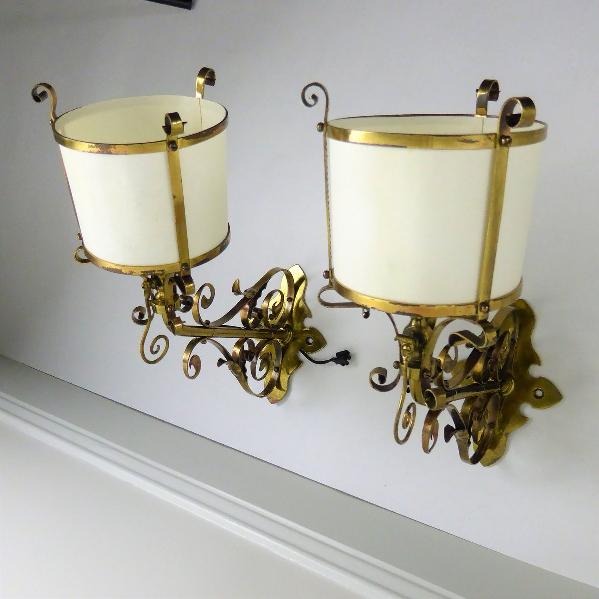 English arts crafts brass wall lamps 1900s set of 2 for sale at english arts crafts brass wall lamps 1900s set of 2 aloadofball